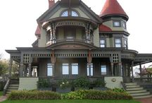 Victorian Style Homes / by Your Savvy Atlantan