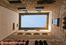 Muzeum Picassa / Muzeum Pabla Picassa w Barcelonie jest jednym z pięciu poświęconych temu artyście. W zbiorach muzeum znajdują się dzieła pochodzące ze wczesnych lat twórczości mistrza. Muzeum zgromadziło przeszło 4 500 jego prac.