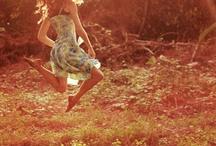 Twirl Twist Leap / The wonderful world of dance.