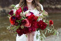 Bouquet: Crimson and Wine