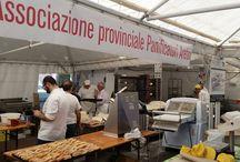Associazione Panificatori al Mercatino del Calcit - 10/5/2015 / Stand promozionale e vendita prodotti da forno pro-Calcit