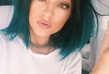 cheveux bleu nuit
