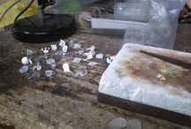 En el taller... / Trabajos de joyería hechos a mano con mucho cariño... eltrebodle4@gmail.com