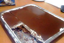 Συνταγές γεμάτες Σοκολάτα ! / Μπες στο www.famecooks.com, μοιράσου τις συνταγές σου, ανέβασε τις φωτογραφίες σου, κάνε νέους φίλους και απογείωσε την κουζίνα σου!