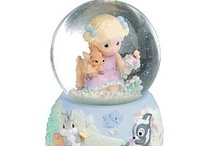Snowglobes / by Shopping Exchange