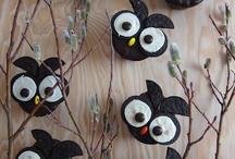 cupcakes = yummies / by Trisha Ulrich Magnus