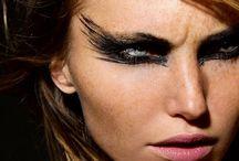 Make-up / by Malou Sofia