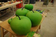 manzana atrezzo