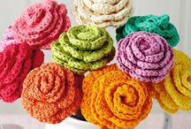 Mollie Makes crochet flowers tutorial