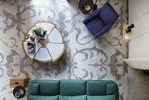 529  RIO, design Charlotte Perriand / 1962年、シャルロット・ペリアンはこのテーブルを夫であるジャック・マルタンが住むブラジルの自邸のためにデザインしました。その後ペリアンは、パリの日本大使館にも同じテーブルを採用しています。2種類の半径の6片が交互に組み合わさり、独特の形状の美しさが空間にリズムを生み出すデザインです。