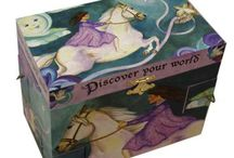 Beautiful Horsey Jewellery Boxes / Jewellery Boxes are an important part of any ladies life, to hold their treasured necklaces, bracelets and earrings! We stock some gorgeous horsey jewellery boxes that will inspire any girls. Not only looking fantastic when proudly displayed in a bedroom, but actual serving a very important job!