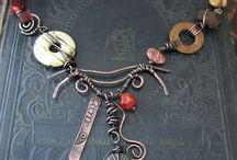 Necklace - náhrdelník