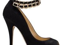 Fashion: Shoes / by Sarah Elizabeth
