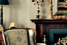 Antika ve koltuklar