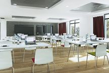 Happy Workplace / Comfortable for meetings and conferences: timeless design, great seating comfort and special functionality are typical of the seminar chairs and tables.