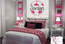 Ari's bedroom