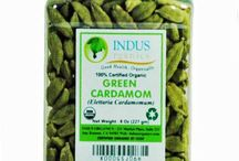 Organic Cardamom / Green Cardamom is called queen of spices. It is used in making desserts, chai, curries, and many flavored drinks. There is another type of cardamom, called black cardamom. This cardamom is not known to many people but it has many medicinal properties.