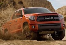 Off-Road / Various cars, bikes and SUV-Crossovers off-roading