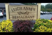 South Carolina Restaurants / This Board features restaurants from South Carolina that we have visited. Join us as we take you on a tour of the restaurant and try some of their most popular food off the menu. For more visit our website at www.southernfoodjunkie.com to see the full content of our reviews of South Carolina restaurants.