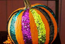 Fall/Halloween! :0 / Awesome Fall and Halloween Ideas! / by Brionna Mann