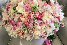Fleurs and wedding dress
