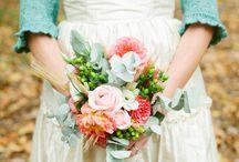 SWEET WEDDING IDEAS / by LYNN CRENSHAW