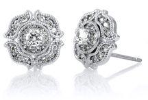 Jewelery / by Johnie Richardson