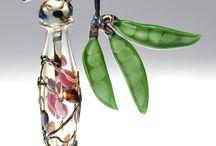 Красота в стекле: шедевры и рукоделие / Время и стекло