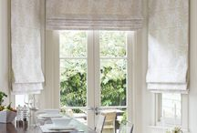 Dining area window dressing