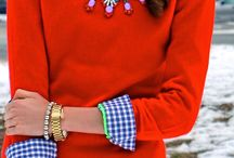 statement necklace outfit inspiration