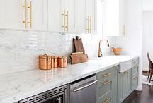 Dream House / http://www.casevis.ro/casa-de-vis-cu-mansarda-in-suprafata-de-78-m%C2%B2/