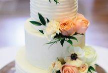Gomes wedding cake