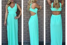 Maxi Dresses/Skirts