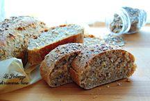 pane con semi / pane con semi o mix di semi: anice, chia, cumino, finocchio, girasole, lino, nigella, papavero, quinoa, sesamo, zucca. Fiocchi d'avena (è un cereale).