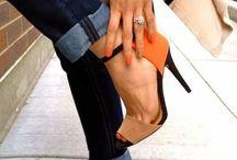 Zapatos , sandalias y botas / Los amo!!