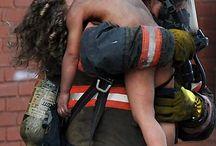 Feuerwehrmänner und andere Helden <3