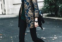 Brokátový kabátek
