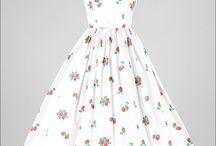 Darling Dresses / by Julie Schippers