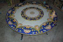 COTTO CALATINO / Tavolo in pietra lavica ceramizzato decorato a mano