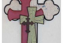 Cruces / by Vladimira de la luz Galindo contreras