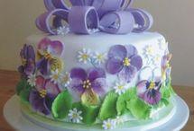 Gyönyörű torták
