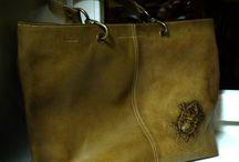 """Кожаные сумки / Сумки из натуральной кожи от мастерской """"Белый ясень"""". Оригинальность применяемых технологий делает работы мастеров абслютно узнаваемыми и неизменно востребованными. Очарование ручной работы. Качество серийного производства!"""