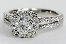 Engagement Rings / Engagement Rings we love.