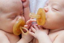 Natursutten / Natursutten, 100% borracha natural, sem bisfenol-A, ftalatos, PVC, amaciadores químicos ou corantes artificiais. Chupetas e mordedores seguro para o seu bebé. | Disponível em www.rebento.pt