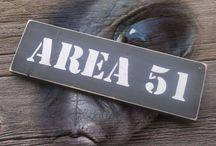 AREA 51 / OVNIS