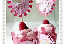 Cupcakes / by Geniva Slawson