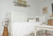 bedrooms I love / by Nancee Smith