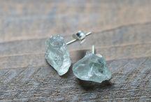 Ювелирные изделия с кристаллами