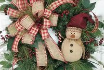 Рождественские дверные венки