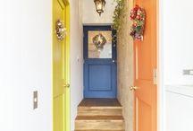 トイレの扉の色